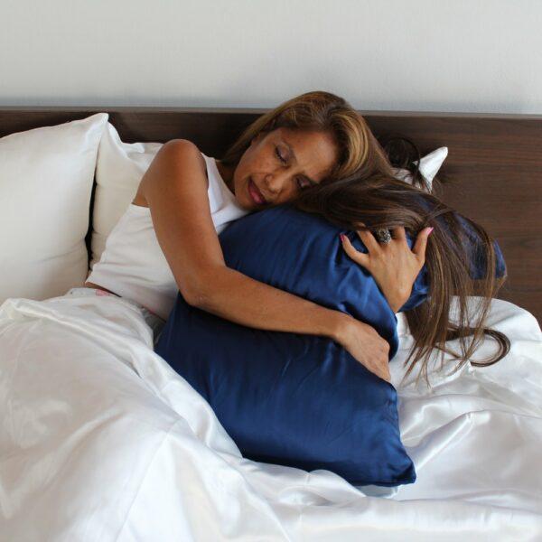 blue mulberry silk pillowcases